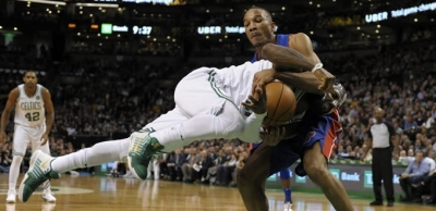 Detroit Pistons, Boston Celtics evinde devirdi