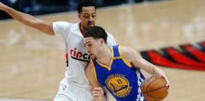 Golden State Warriors Curry'siz de kazanıyor