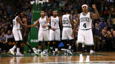 Isaiah Thomas Boston Celtics'i taşıdı