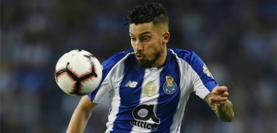 Real Madrid'ten Alex Telles'e Kanca
